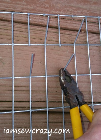 bending wire to make thread rack
