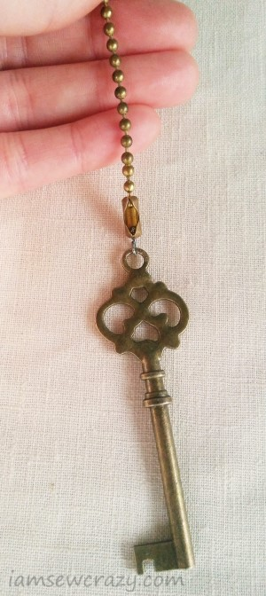 attaching a pull chain to a key