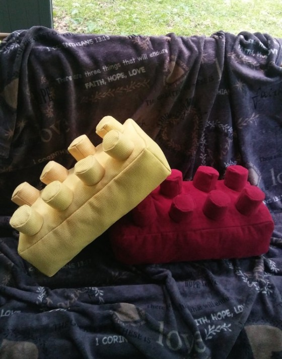 lego pillow free PDF pattern