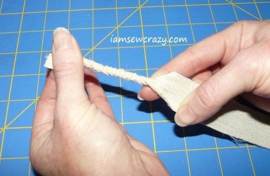 twisting fabric strips by hand