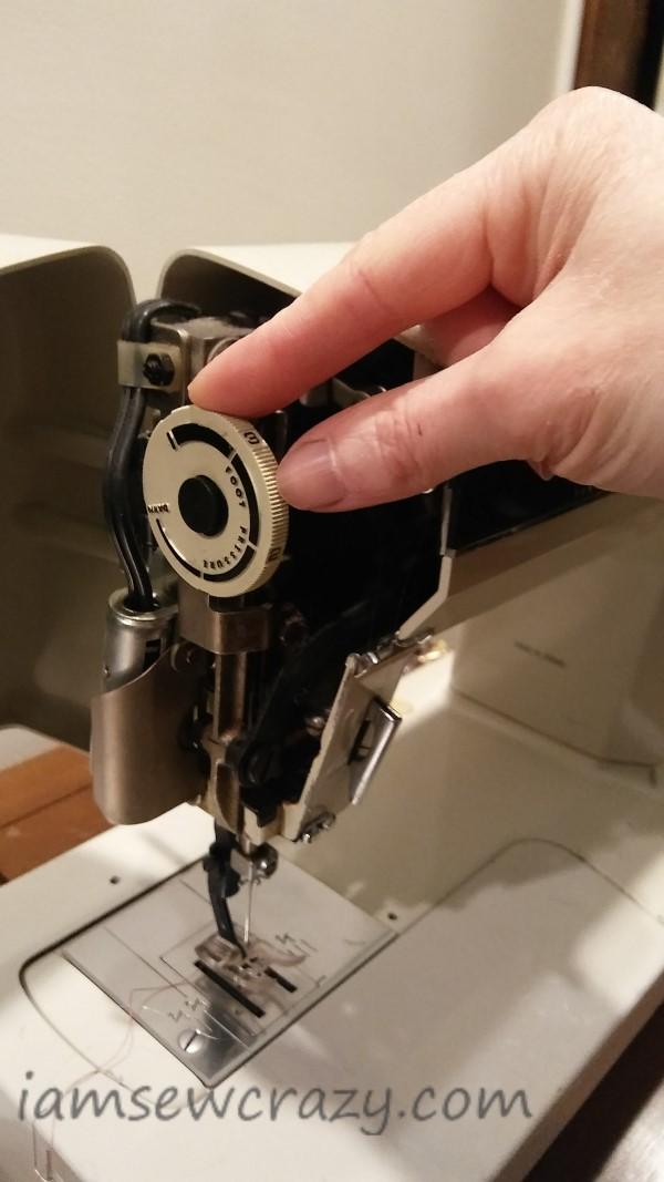 adjusting presser foot pressure on kenmore 1914 sewing machine