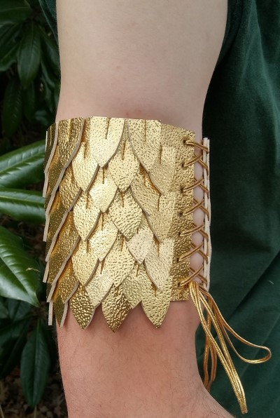 gold dragon scale arm cuff tutorial