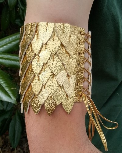 how to make a cosplay arm cuff free pattern